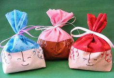 Cutie Pie gift bags.  Tutorial and template at website.  whipup.net