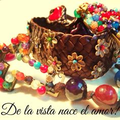Accesorios Woman, Color, Frases, Handmade Necklaces, Bangles, Bonito, Make Up, Accessories, Colour