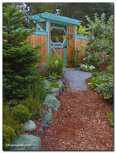 The arbor that Debbie Teashon built.
