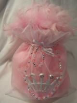 Posh Princess Party Boutique. 5 PC Tutu Cute Bags. Include: Tutu,Tiara,Boa,Jewelry Set in Sheer Drawstring Bag. http://www.myprincesspartytogo.com/PoshPartyBoutique.html  #princess party Favor #princess party