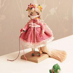 Рапунцыль и хамелеон ростом с маленькую собачку благодарят вас за приятные слова под предыдущим фото😊 Паскаль в смятении)  Кукла продана. ---------------- Doll sold.  #кукуколка #кукланапродажу #афтарскаякукла #самапридумала #самасвязала #amigurumidolls #crochetdolls #amigurumi  #yarn  #кукла  #вязанаякукла #хендмейд #интерьернаякукла #паскаль #рапунцель #amigurumidoll #handmade #doll #вяжутнетолькобабушки #hechoamano #handmadedoll #crochet #своимируками #кукларучнойработы #хобби…