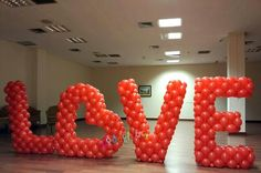 Hearts on stand - Salvabrani Valentines Balloons, Valentines Day Decorations, Valentine Crafts, Birthday Party Decorations, Balloon Arrangements, Balloon Centerpieces, Balloon Decorations, Letter Balloons, Heart Balloons