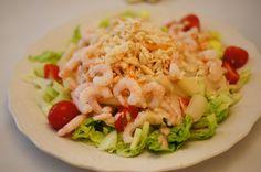 Salat med rejer og krabbekød