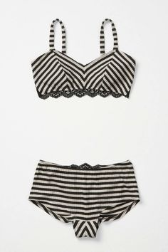 <3 vintage style bathing suits