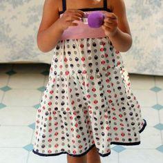 Hop hop, un patron et le tuto imagé pour coudre cette robe de petite fille | Filoute