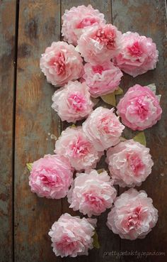 Flores de peonia feitas com filtro de papel - Peony coffee filter flowers tutorial