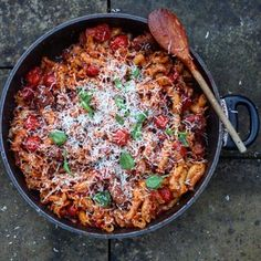 Clemenza's famous meatball recipe from the Godfather, for the Mob. NOTES: Adding balsamic vinegar will give the dish a beautiful, rich sweetness. COOKING TIME (INCLUDES PREPARATION TIME): 30 MINUTESINGREDIENTS: * Casarecce Pasta (Should be able to find in all large supermarkets. If