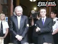 Barry and Robin Gibb Bee Gees 10 july 2009 Isle of Man reunited - YouTube