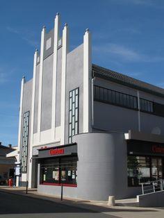 Installez-vous confortablement et regardez vos films préférés au cinéma : Espace Ciné à Chalonnes sur Loire et Cinéma Saint Charles à Ingrandes sur Loire. #cinema #loisirs #loirelayon