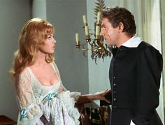 Angelique telling Joffrey about the casket with poison. Same story in the movie and in the book: Robert Hossein, Michelle Mercier, Bridgitte Bardot, Aesthetic Look, Movie Costumes, Audrey Hepburn, Costume Design, Old Hollywood, Marchesa