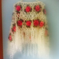 1980s crochet white wool shawl with pink roses by Makenzievelvet on Etsy Love this so cute