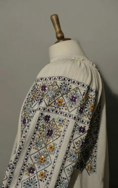 Folk Embroidery, Bohemian, Textiles, Costumes, Sewing, Fabric, Art, Beds, Flowers