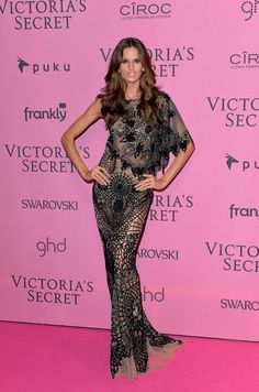 Victoria's Secret Fashion Show 2014 Red Carpet | Izabel Goulart  All eyes were on the model in this Zuhair Murad creation.