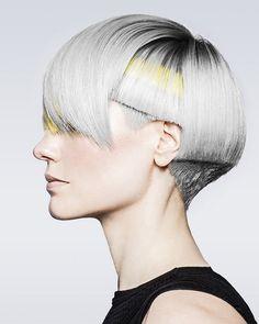 Если уж говорить о парикмахерских трендах, то академия Toni&Guy в своей новой коллекции 2017 года Duality представила настоящую энциклопедию современных женских стрижек.