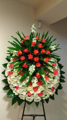 Funerario Funeral Floral Arrangements, Unique Flower Arrangements, Grave Flowers, Funeral Flowers, Altar Decorations, Flower Decorations, Flower Background Images, Vegetable Decoration, Funeral Sprays