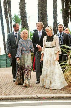 Crown Prince Haakon and Crown Princess Mette-Marit and Marius Borg Høiby attending the wedding of Pierre Casiraghi and Beatrice Borromeo in Italy on August Royal Life, Royal House, Maud Of Wales, Norwegian Royalty, Style Royal, Beatrice Borromeo, Spanish Royal Family, Paris Match, Civil Ceremony