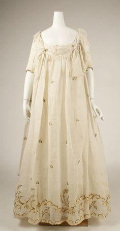 Late 1790s dress via The Costume Institute of the Metropolitan Museum of Art