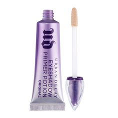 The Urban Decay Eyeshadow Primer Potion - original. Perfect to make your eyeshadow pop, illuminating and defining each colour