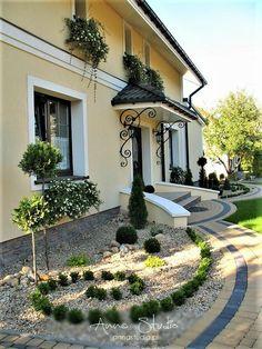 Back Garden Landscaping, Luxury Mediterranean Homes, Backyard Plan, Landscape Design Plans, Outside Patio, House Plants Decor, Modern Farmhouse Exterior, Back Gardens, Garden Design