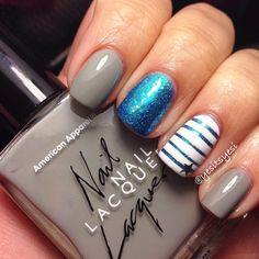 Blue & grey nails