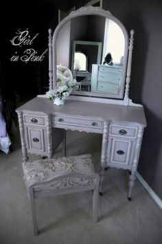Vintage Vanity in Chalk Paint® Decorative Paint by Annie Sloan, Paloma accented in a 50/50 mix of Paloma and Old White.