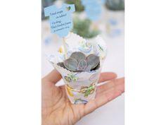 Suculente marturii botez in panza imprimata. Wedding Favors, Succulents, Pottery, Flower, Gift, Plant, Bebe, Wedding Keepsakes, Ceramica