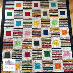 """""""This is a fun technique for using a precut layer cake to create a cheater rag quilt. This is not your traditional rag quilt. This comes together really quickly and is a great project for beginners or for kids who are wanting to learn to sew a quilt. Scrappy Quilt Patterns, Jelly Roll Quilt Patterns, Beginner Quilt Patterns, Jellyroll Quilts, Scrappy Quilts, Applique Quilts, Quilt Tutorials, Quilt Blocks, Baby Quilts"""