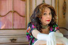 Os artistas da Cia. Os Satyros e amigos de Phedra de Córdoba organizam uma Vakinha na internet para custear o tratamento de saúde da atriz cubana, que, aos 78 anos, sofre de uma doença grave.