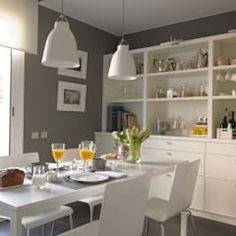 Un acogedor comedor de diario: Cocinas de estilo moderno de DEULONDER arquitectura domestica