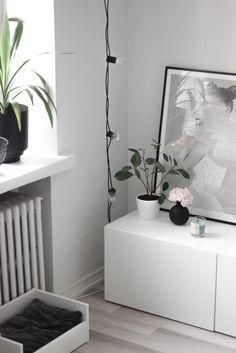 Anna Bulow painting, interior, home decor, Scandinavian home, vegan home, Joik