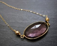 VIOLET necklace by Verse
