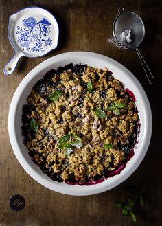 Owoce pod kruszonką - #blueberries #crumble http://kingaparuzel.pl/blog/?p=5013 #foodie #food #kingapruzel #goodfood #ilovefood