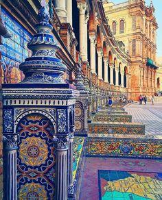 Plaza de España details ~ Seville, Andalucía, Spain