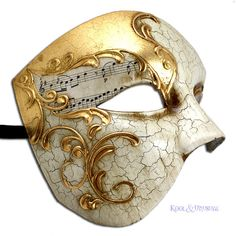 Phantom of the Opera VENETIAN Masquerade Mask GILDED MELODY Made in Italy found on Polyvore Phantom Der Oper, Venetian Masquerade Masks, Diy Mask Masquerade, Phantom Mask, Masquerades, Phantom Of The Opera, Opera Mask, Music Of The Night, Venice Mask