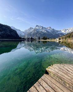 Swip up for a short but magical Almsee video! #austria #almsee #salzkammergut #alpen Austria