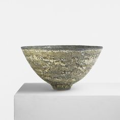 Gertrud and Otto Natzler / monumental bowl