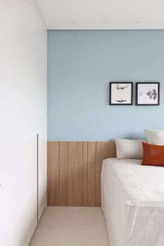 L i v i n g в 2019 г. Room Ideas Bedroom, Home Bedroom, Bedroom Decor, Interior Design Photography, House Color Schemes, Single Bedroom, Blue Rooms, Decoration Design, Master Bedroom Design