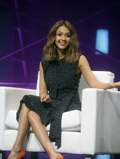 Jessica Alba Photos - Actress, and Co-founder of The Honest Company, Jessica Alba addresses the attendess of the QuickBooks Connect convention on November 3, 2015 in San Jose, California. - QuickBooks Connect Conference