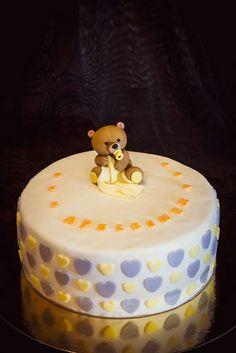 Babyshower tårta cake bear neutral babyshowercake Babyshowertårta teddy bear nalle björn ⭐sockerlinn.se⭐