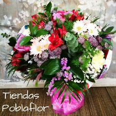 Algún aniversario a la vista??? www.poblaflor.com #Flores #FlorNatural #Floristerias #Poblaflor #Valencia #CentrosDeFlor #ArreglosFlorales #IdeasParaRegalar #FloresValencia #RamosDeFlor #DiseloConFlores