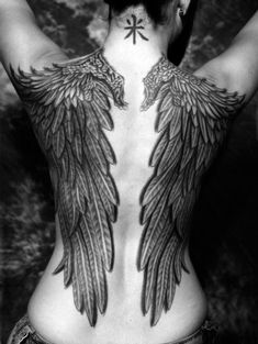 wings #tattoo  just amazing.. i wouldnt get one of these, but amazing nonetheless
