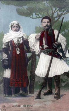 Greek painting Old Greek, Greek Art, Greek Traditional Dress, Greek Independence, Greek Paintings, Ancient Names, Greek History, Greek Culture, Christen