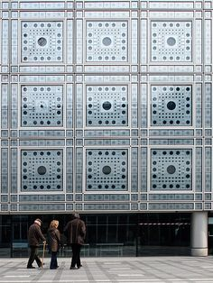 Jean Nouvel. Institut du Monde Arabe. Paris, France. 1987