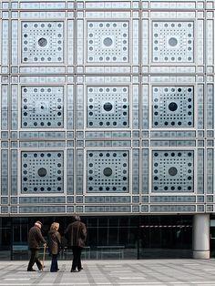 Jean Nouvel. Institut du Monde Arabe. Paris, France. 1987