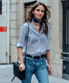 Outfits With Scarves For This Fall + casual street style look + denim on denim look + chambray top + button down woven + Paris Street Fashion, French Street Fashion, Italian Style Fashion, Milan Fashion, Street Style New York, Look Street Style, Street Styles, Look Fashion, Girl Fashion