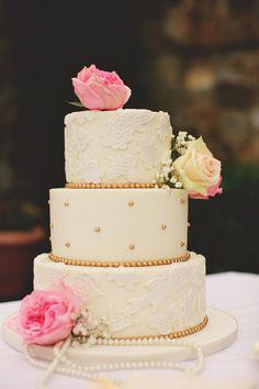 cake to match a dress