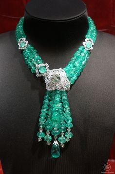Cartier - diamond and emerald beads nacklace