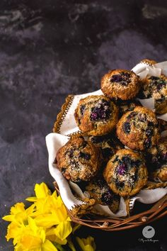 Muffiny kokosowe z jagodami I Foods, Spoon, Meal Planning, Food Photography, Clean Eating, Healthy Recipes, Breakfast, Fitness, Food Plan