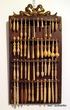 Actually a spoon collection rack, an interesting idea. Now, where will I put all those little spoons? Hmm.