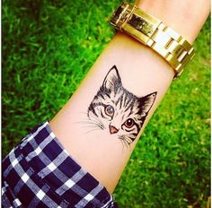 Chesire cat tattoo, Egyptian cat tattoo and cat paw tattoo. Check out for lucky cat tatoo ideas. Pretty Tattoos, Love Tattoos, Beautiful Tattoos, Body Art Tattoos, New Tattoos, Tattoos For Women, Tatoos, Tattoo Chat, Get A Tattoo